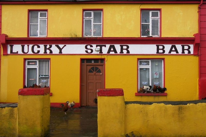 Lucky Star Bar