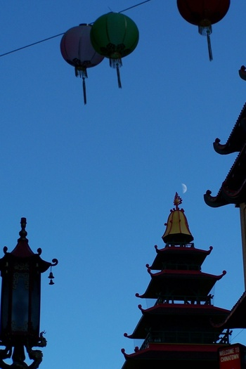 Moon in Chinatown