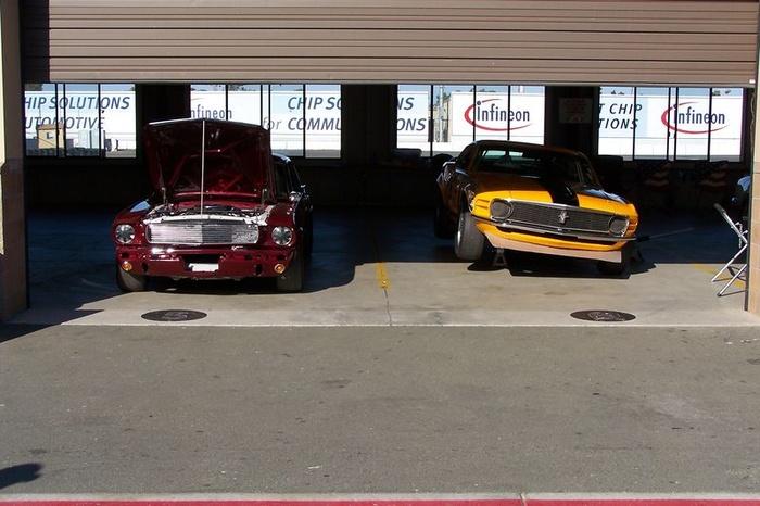 Mustang Garage